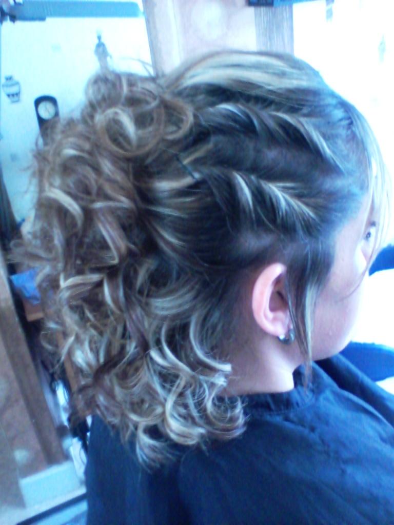 Coiffeur mille et une couleur coiffeur cheveux frises - Salon de coiffure douai ...